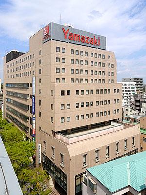 https://www.yamazakipan-nenkinkaikan.jp/common/yamazakipan-nenkinkaikan/img/facilities/exterior.jpg